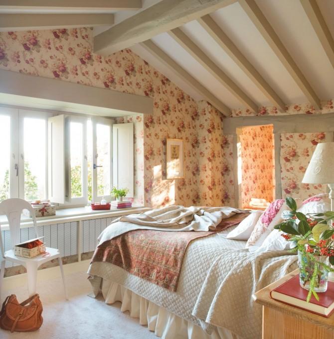 dormitorio_principal_con_papel_de_flores_1259x1280