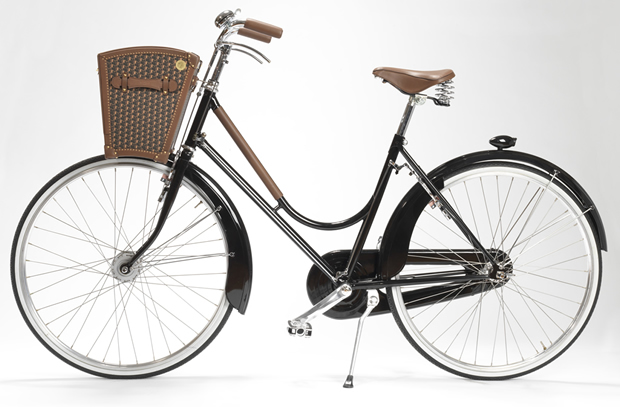 moynat_presenta_una_cesta_para_bicicleta_ideal_para_ir_de_picnic_2
