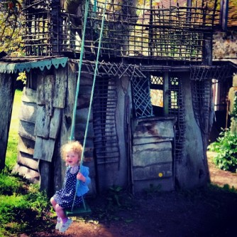 june_swing_treehouse
