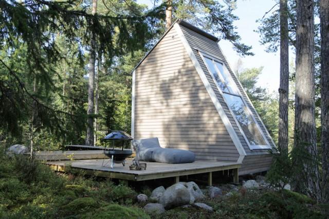 Wooden-Cabin-4-640x426