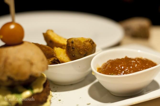 Salsa de la hamburguesa de boniato. Baobab