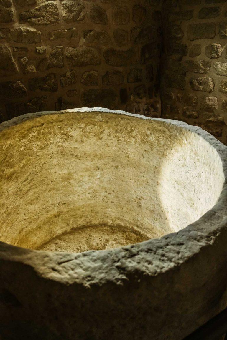 mikve de la sinagoga de la Juderia de Uncastillo | La maleta extraviada